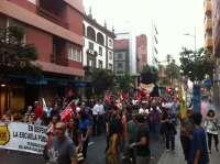 CC.OO y UGT saldrán a la calle en las dos capitales canarias para exigir 'trabajo decente'