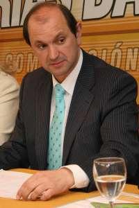 El PP de Pontevedra trabajará para subir de tres a cinco diputados, aunque Louzán admite que es