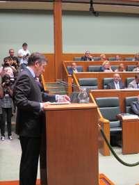 López pide al Parlamento que permita a las Diputaciones participar en la Cámara en el debate sobre el modelo fiscal