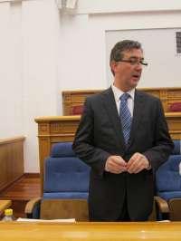 El plan de ajuste de Cospedal no afecta a ninguna ruta de transporte escolar, según Marín