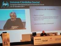 López-Aranguren dice en Innova Córdoba Social que el excluido no solo precisa trabajo, debe recuperar su ciudadanía