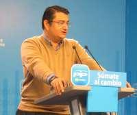 PP-A prevé mayoría absoluta en las autonómicas con 58 escaños por 44 PSOE, 6 IU y 1 UPyD extrapolando los datos