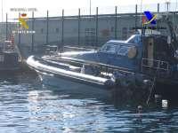 Intervenidos más de 1.700 kilos de hachís en una operación frente a la costa de Almería