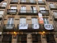 El alcalde de Santiago advierte a los 'okupas' que caerá sobre ellos
