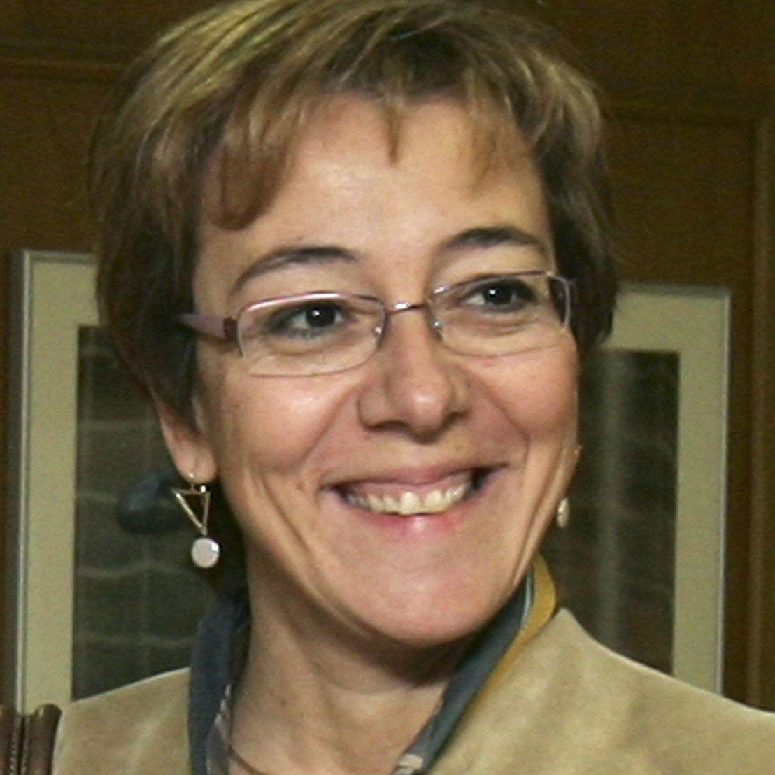 <p>Carmen Martínez de Castro</p>