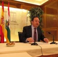 Sanz descarta realizar recortes en la región más allá de los que contemplaba el Plan de Austeridad