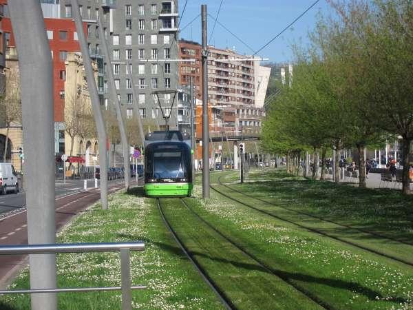 Las nuevas tarifas de EuskoTren entrarán en vigor el próximo 1 de enero, con un incremento global del 5,99%