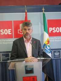 El PSOE en el Parlamento extremeño critica a Rajoy y Monago por hacer