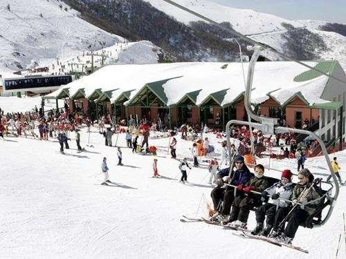 Valdezcaray abre este jueves doce pistas con nieve polvo y 8,15 kilómetros esquiables