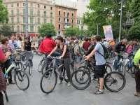 PalmaEnBici.com censura que Cort prohibirá ir a las bicis por las aceras para instalar terrazas privadas para fumadores