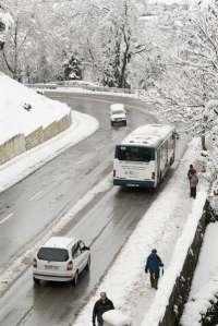 Cortados tramos de la C-31, C-65 y la C-250 en Girona por la nieve