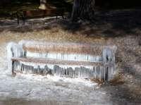 Registrados una veintena de accidentes en las últimas horas en la Barranca y Larraun-Leitzaran por el hielo
