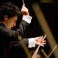 El maestro Andrés Orozco-Estrada dirige por primera vez a la Orquesta Sinfónica de Tenerife