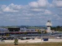 La Guardia Civil interviene más de 800 cajetillas de tabaco de contrabando en el Aeropuerto de Parayas