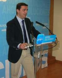 PP denuncia al PSOE ante la JEZ por colgar