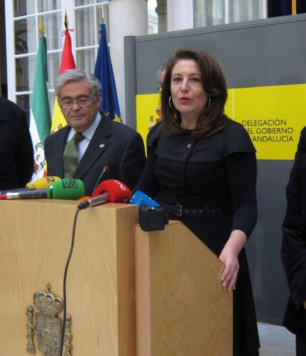 Delegación del Gobierno muestra su