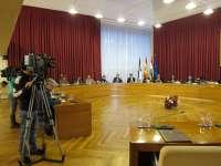 Gamarra insiste en que la estabilidad presupuestaria se logrará en 2012 y el PSOE pregunta