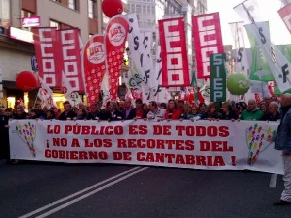 Empleados del Gobierno de Cantabria advierten de que los recortes