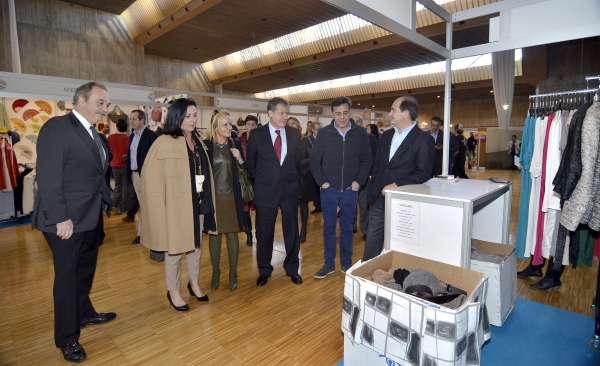 Inaugurada la Feria del Stock, en la que participan 121 comercios