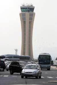 El aeropuerto registra más de un millar de vuelos de traslado de enfermos o de órganos para trasplantes