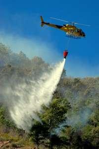 120 evacuados en Llagostera y Tossa por el incendio del Baix Empordà que afecta a 400 hectáreas