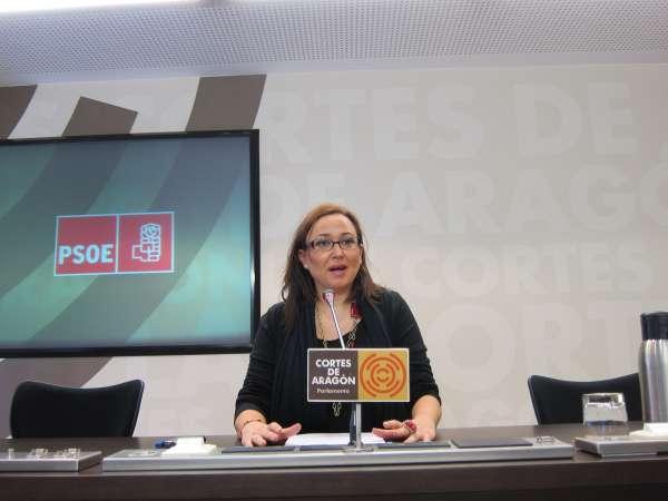El PSOE lamenta la propuesta de Wert de eliminar los grados de menos de 55 alumnos