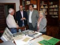El Archivo General de La Palma incorpora documentos históricos sobre la lucha canaria, el fútbol y la colombofilia