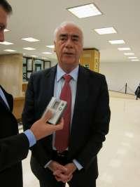 Alonso subraya que la colaboración público-privada ya funciona desde hace muchos años en Andalucía