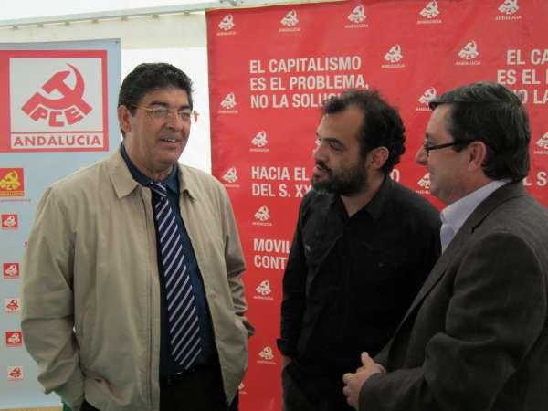 Valderas dice que la reunión de Osuna (Sevilla) prueba que IU es la fuerza