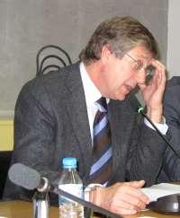 Bernal comparece el próximo miércoles ante el Pleno de la Asamblea Regional para informar del plan de reequilibrio