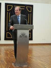 Herrera pide que el Gobierno tenga en cuenta a las CCAA, que quieren ser