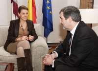 Cospedal recibe al presidente de Telefónica-España