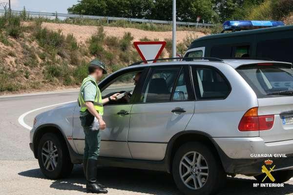 La Guardia Civil detiene en la última semana a cinco conductores por dar positivo en controles de alcoholemia
