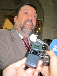 Caamaño supedita optar a la Presidencia de la Xunta a lo que