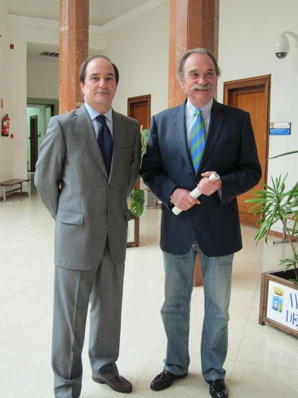 Ayuntamiento y Cámara de Comercio impartirán nueve cursos a 271 comerciantes en la OMAC