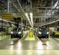 Las ventas de coches caen en Extremadura un 17% en la primera quincena del mes de abril