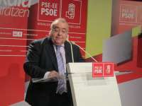 El alcalde de Barakaldo preside la comida de la Agrupación Socialista por el 81º aniversario de la II República