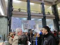 Parlamento. Cantabria pide al Gobierno que adopte medidas para garantizar la liquidez de las participaciones preferentes