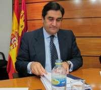 Echániz defiende medidas en un momento en que España puede ser intervenida