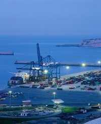 Un 25% de las plantillas de estibadores de los puertos gallegos es eventual,