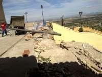 El Ayuntamiento de Magallón restaura el muro de contención de la Iglesia de San Lorenzo