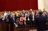Griñán, reelegido presidente de la Junta con el apoyo del PSOE-A y de 11 de los 12 diputados de IULV-CA