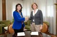 La CAI aportará 60.000 euros para la adquisición de una nueva UVI móvil de los Bomberos de la capital