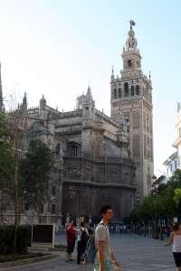 Sevilla, Granada y Marbella, los destinos de España preferidos por los viajeros