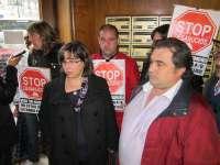 La familia de Mos pendiente de desahucio logra un aplazamiento del banco, que volverá a revisar su caso