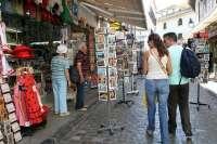 La actividad turística se contraerá un 0,3% en 2012 y entrará en recesión, según Exceltur
