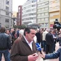 Periodistas asturianos se concentran en Oviedo por la libertad de prensa y contra la precariedad de la profesión
