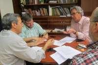 Federación de Pisos de Acogida pide a IU apoyo para que su relación con la administración sea por su