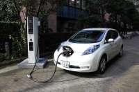 Marcas, proveedores y empresas de energía promueven homogeneizar la recarga de coches eléctricos en Europa