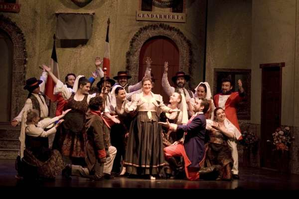 Compañía Lírica de Zarzuela de Madrid cumple diez 10 en El Batel con 'La del manojo de rosas' y 'La del Soto del Parral'